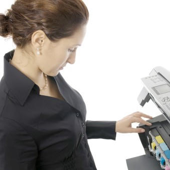 Maintain-Your-Office-Printer-Changing-Toner